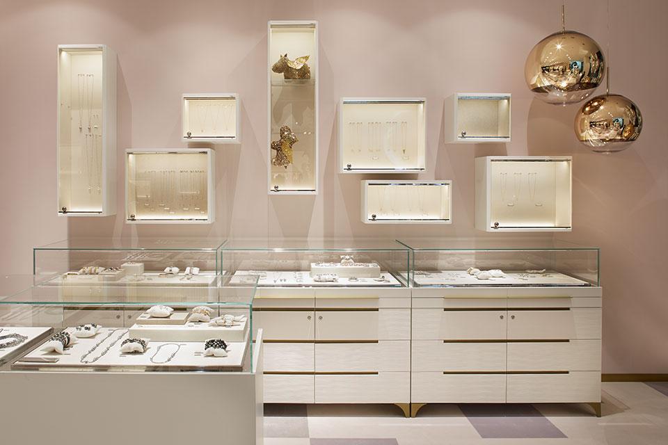 Fotografie für Ladenbau von Fabian Aurel hild für Blocher Blocher Partners