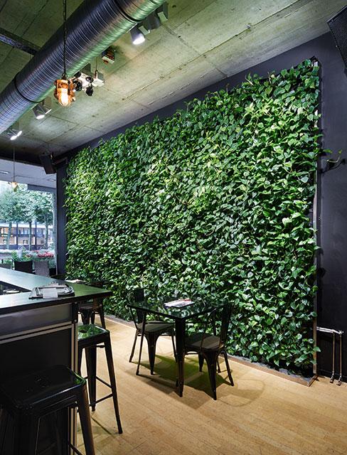Interiorfotografie Fabian Aurel Hild für Hydroflora im Restaurant Gutleut, Mainz